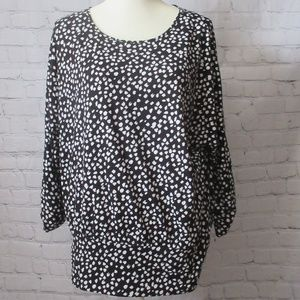 Apt 9 Black and White Patterned Blouse/Tunic